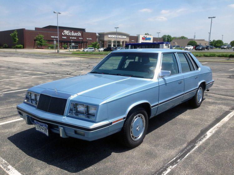Chrysler Classic - 1982-1984 E-Class