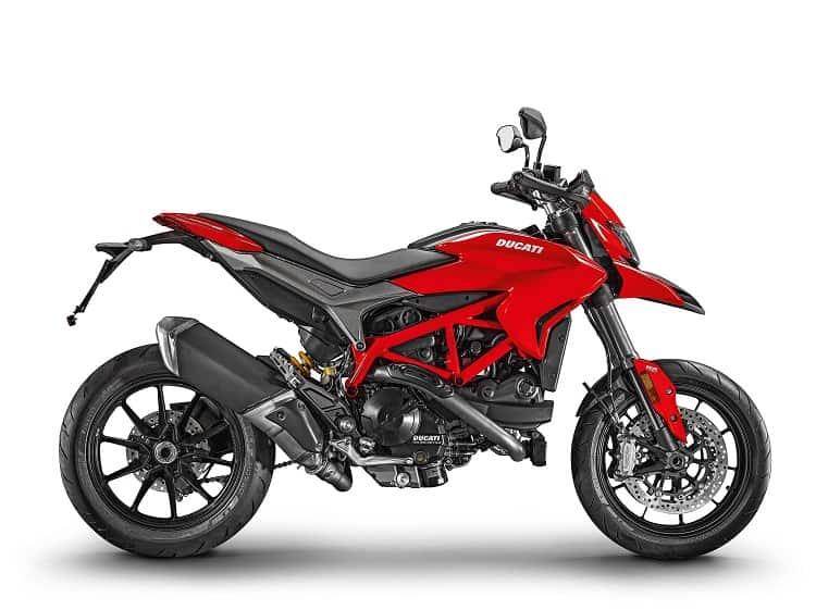 Ducati Hypermotard 939 (2) - Best Supermoto Bikes