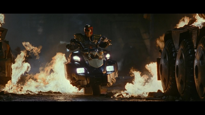 Judge Dredd Motorcycle Lawmaster 6
