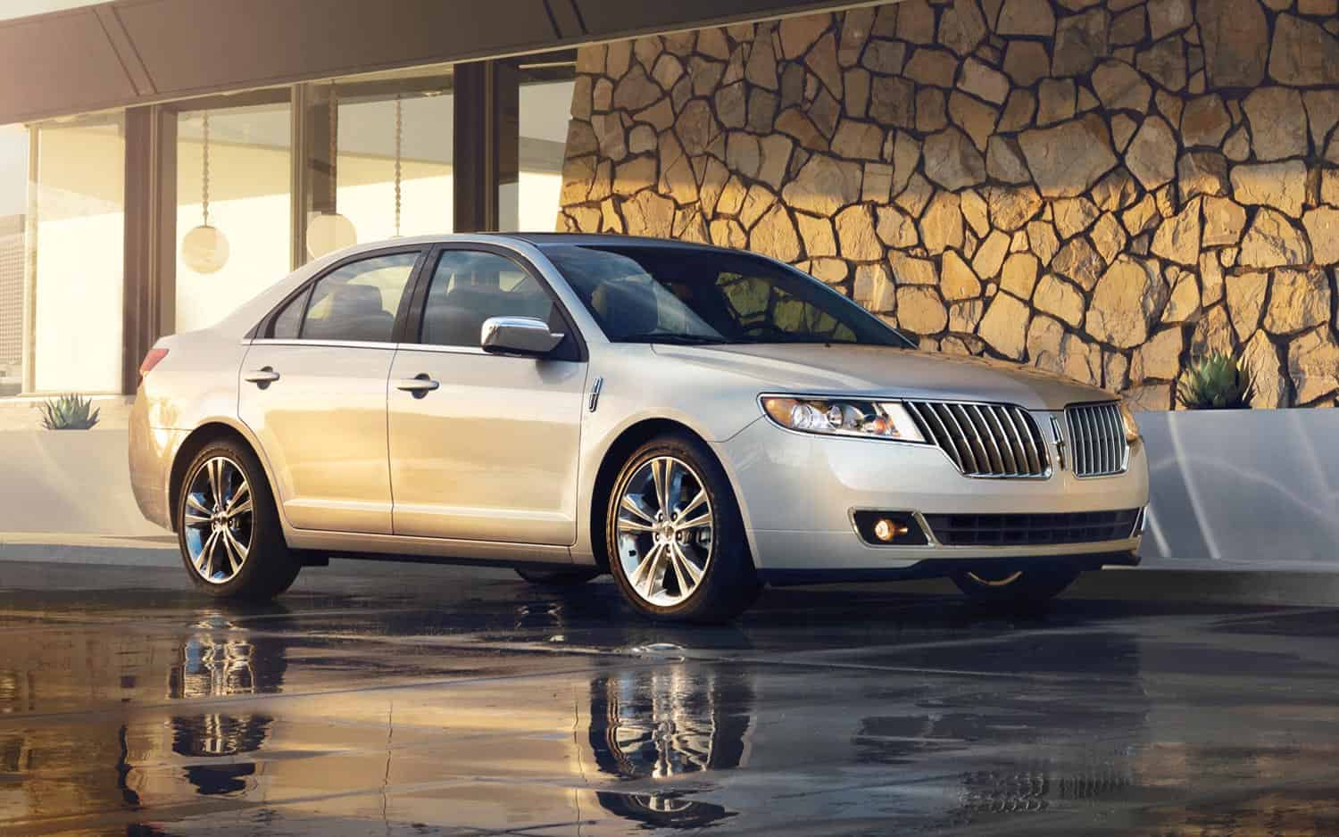 Our list of cheap luxury cars includes the 2012 Lincoln MKZ