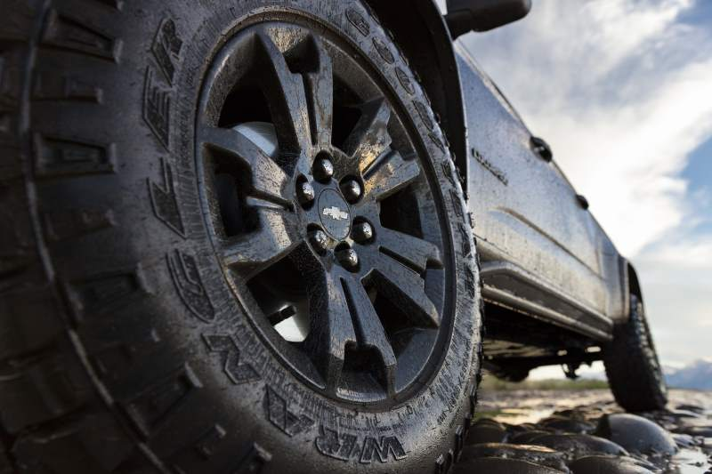 2018 Chevrolet Colorado ZR2 Knobby Tire
