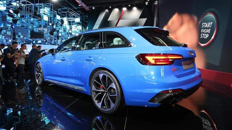 2018 Audi RS4 Avant Rear 3/4