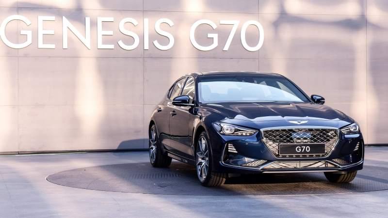2018 genesis g70 Front