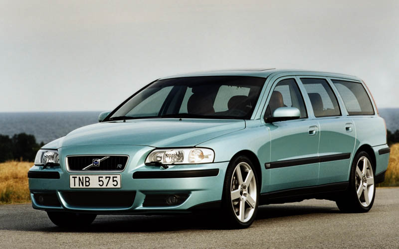 first cars Volvo V70 R
