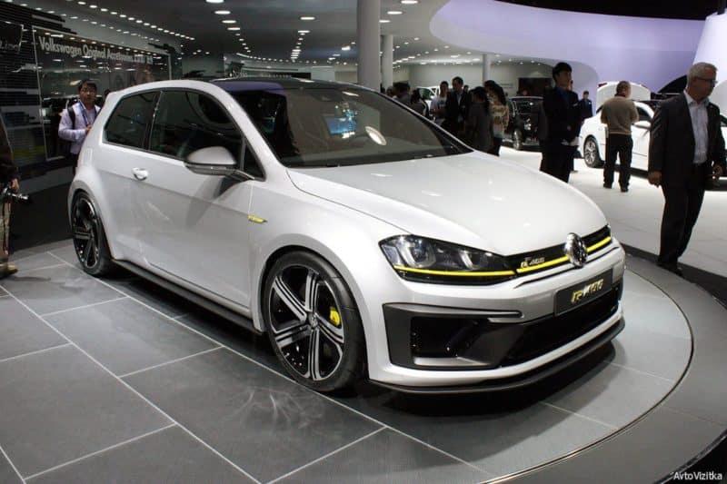 2016 Volkswagen Golf TDI.