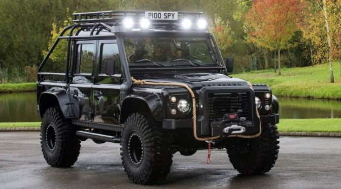 Land Rover Defender Spectre James Bond 007