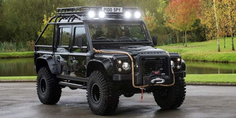 Land Rover Defender Spectre James Bond 007
