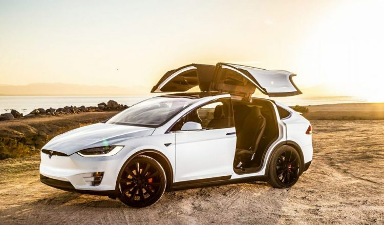 Best Crossover 2018 - Tesla Model X