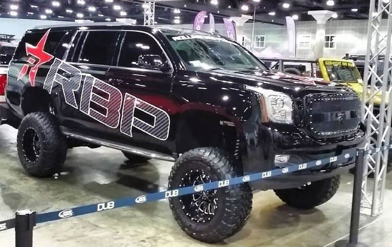 2017 lifted tahoe black red auto show