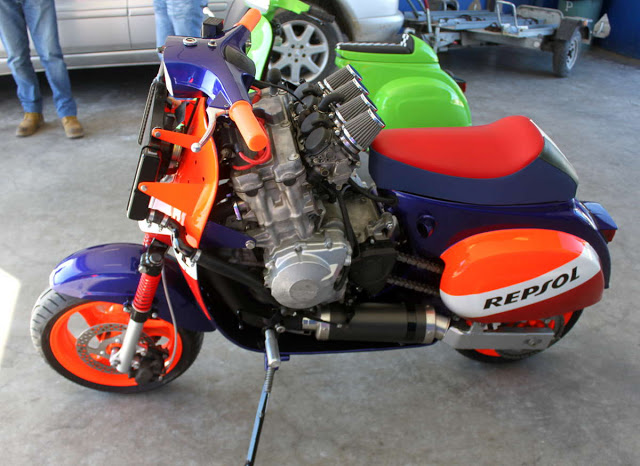 Custom Scooters Bonus - CBR600RR Vespa