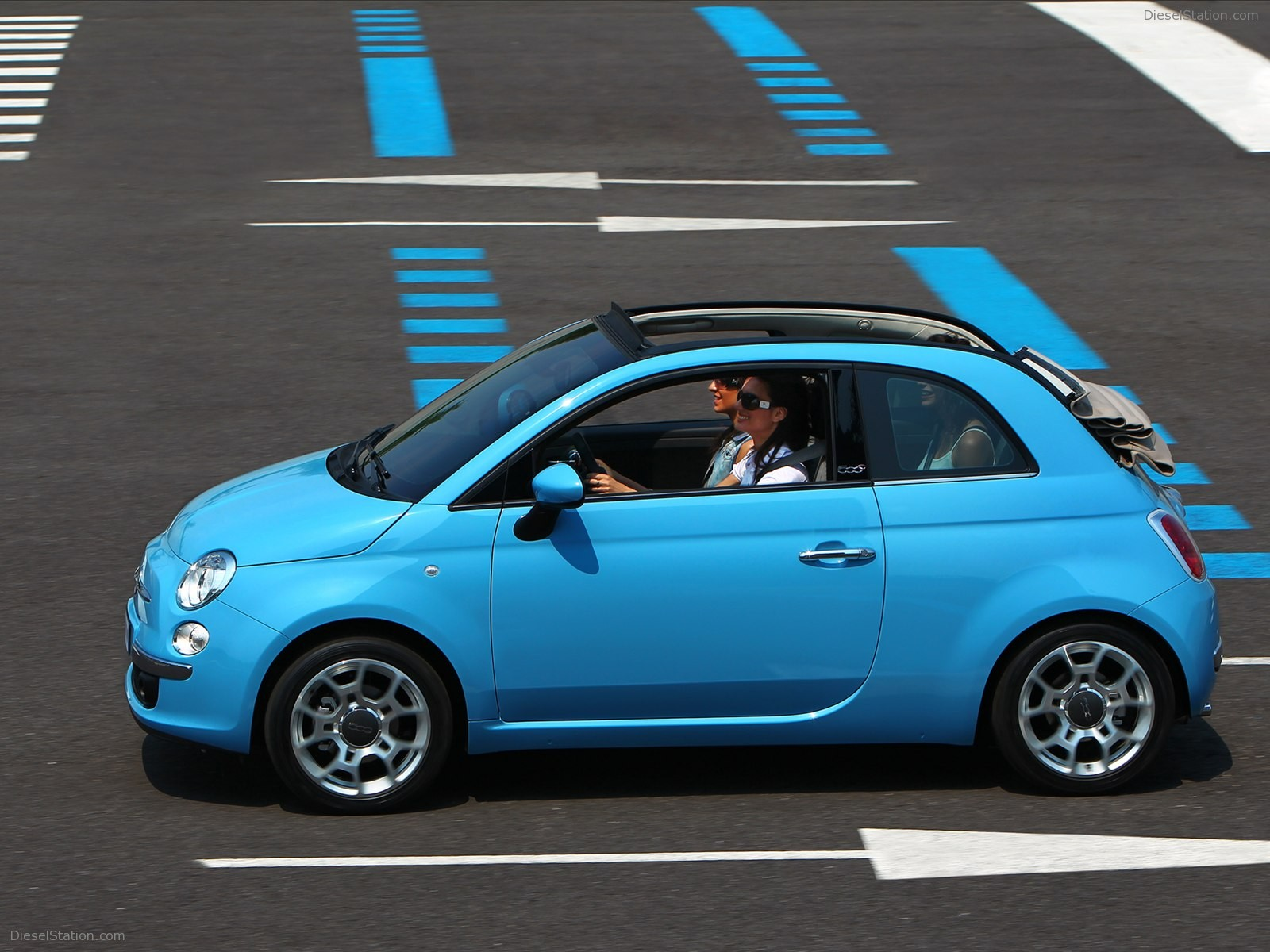 The Fiat 500C oozes girl car.