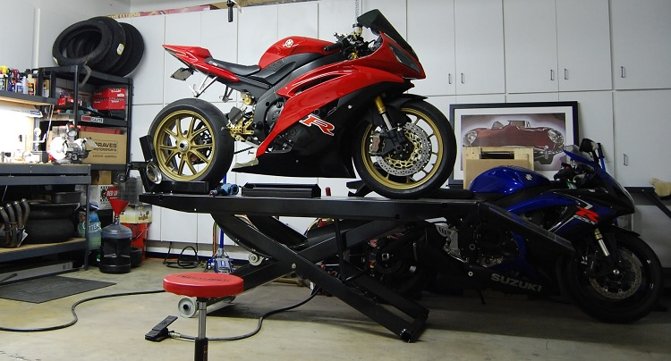 Home Motorcycle Repair - Garage 2