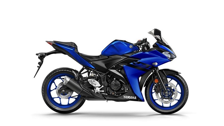 Yamaha R3 side view