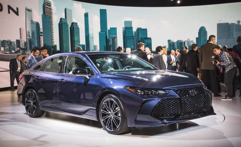 2019 Toyota Avalon 3/4 view