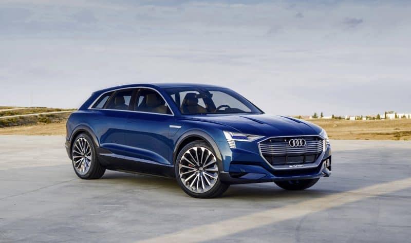 Future Hybrid Cars 2019 - Audi e-tron Quattro concept 3/4 view