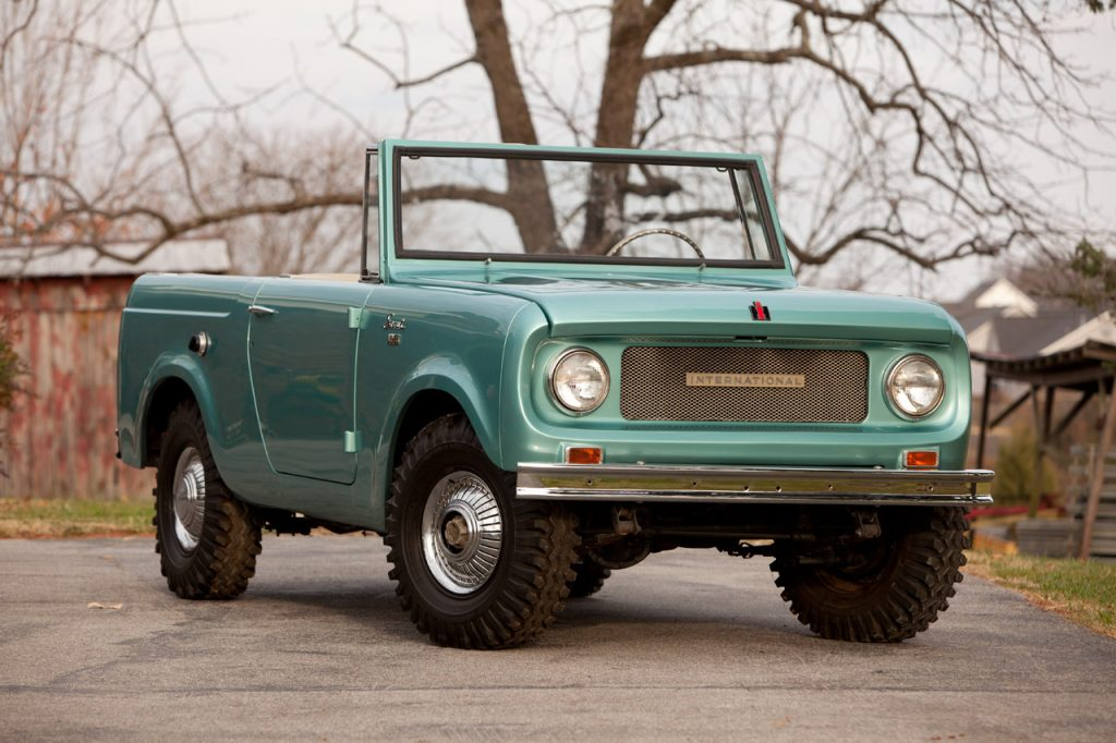 10 International Scout 80 convertible SUV