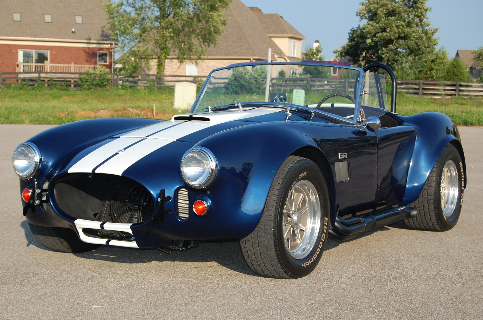 Shelby Cobra hot cars, enough said.