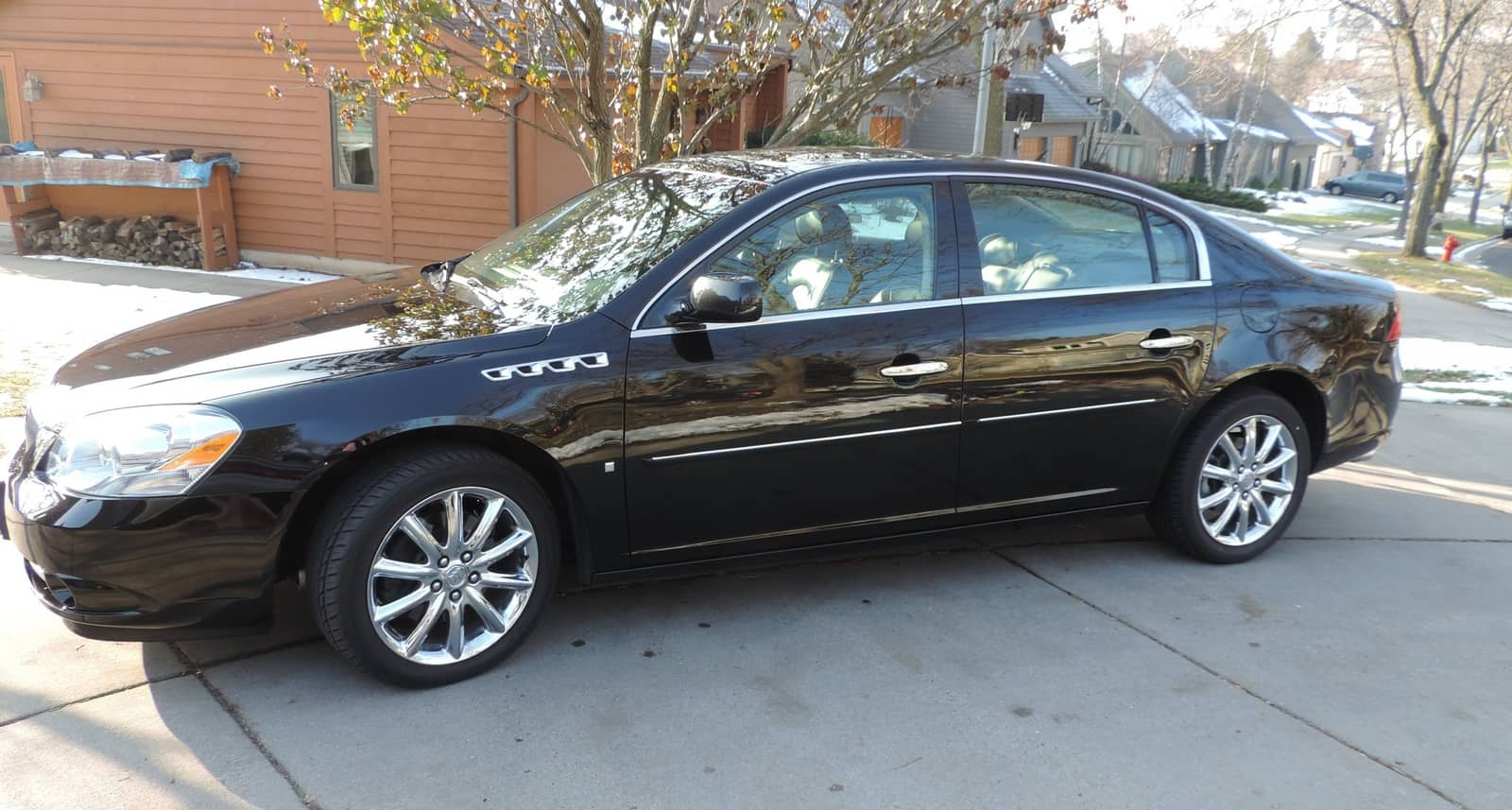 Lists of cars under 5000 include the Buick Lucerne