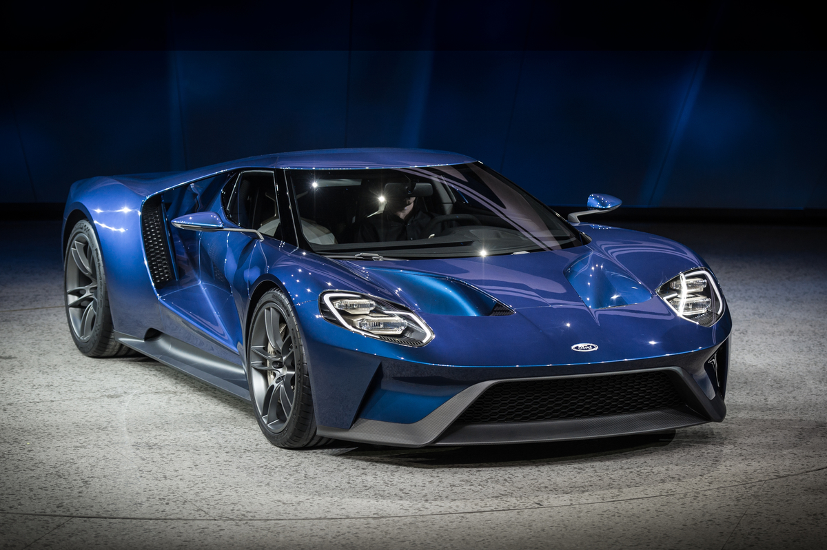 The best hot cars are Ford GTs