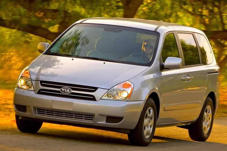 Kia builds several tough cars under 5000