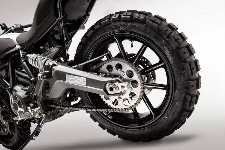 Knobbly Scrambler Tires