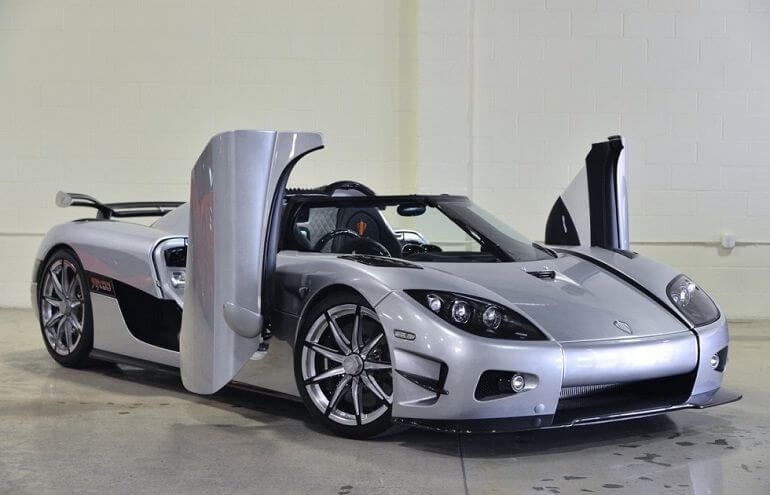 Hot cars like the Koenigsegg CCXR Trevita are amazing