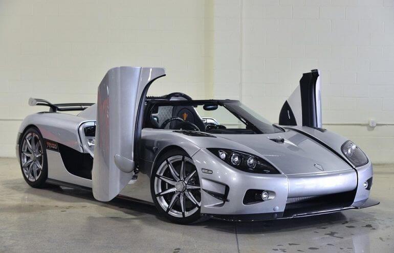 Hot cars like the Koenigsegg CCXR Trevita are amazing