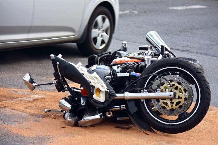 Motorcycle School - Crash