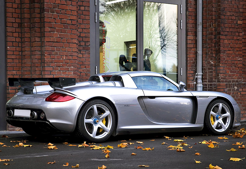 The Carrera Gt is one of Porsche's hot cars
