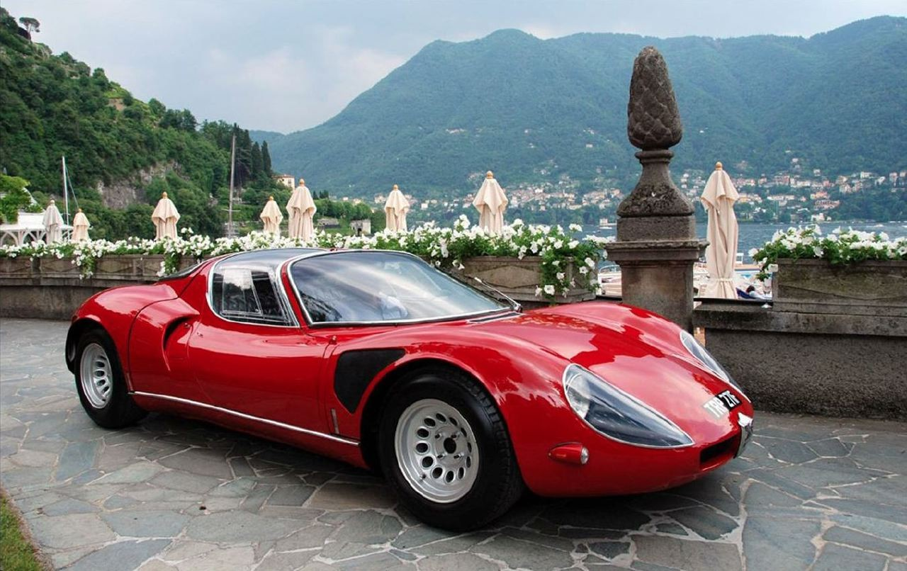 Alfa Romeo hot cars like the 33 Stradale rock our world.