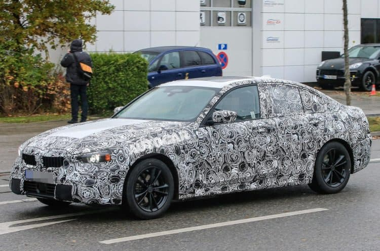 2019 BMW 3 Series test mule 3/4 view