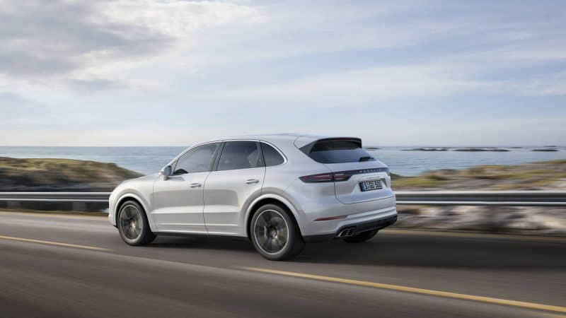 2019 Porsche Cayenne rear 3/4 view