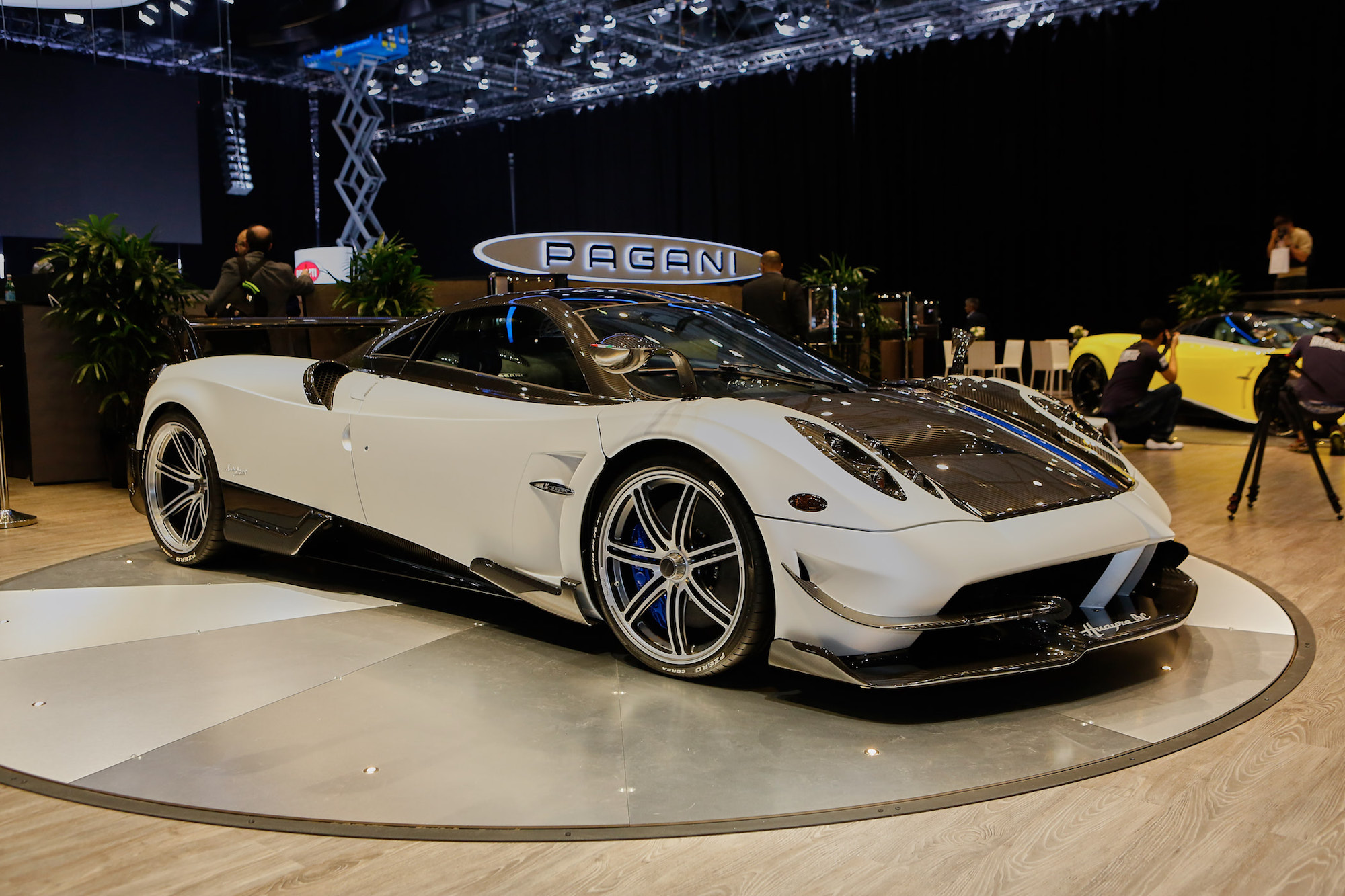 Pagani builds hot cars only