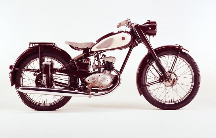 1. Yamaha Dirt Bikes - YA-125