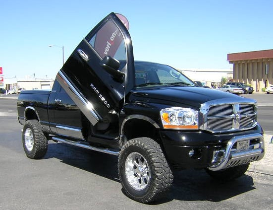 Lifted Dodge Ram >> These 10 Mods Ruin Lifted Dodge Ram Trucks