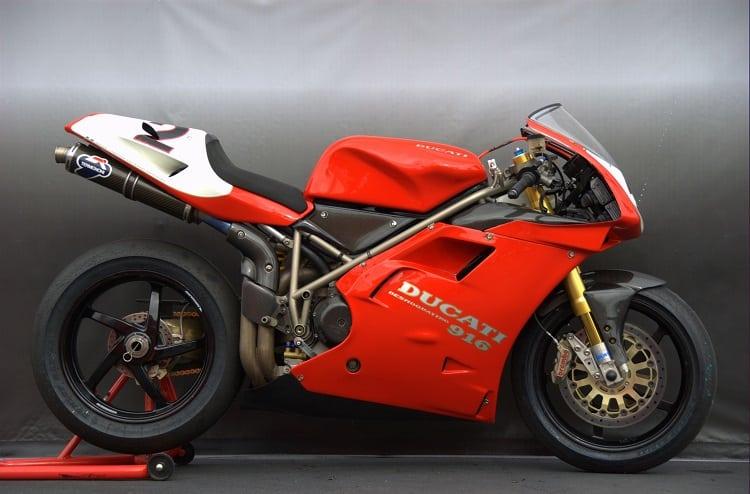 Italian Motorcycles - Ducati 916 SPS