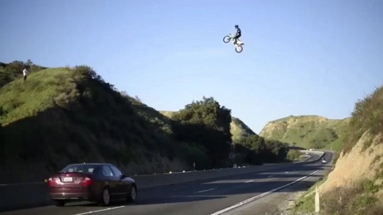 Motorcycle Stunts - Kyle Katsandris