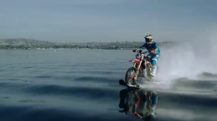Motorcycle Stunts - Robbie Maddison Water Bike