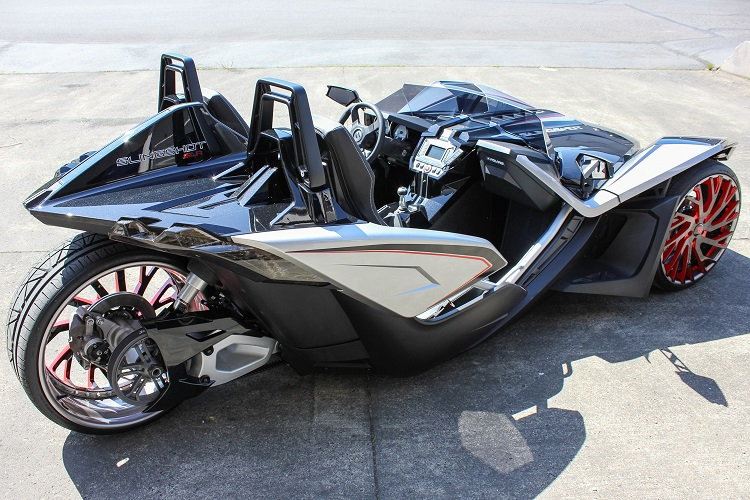Slingshot Rear Quarter