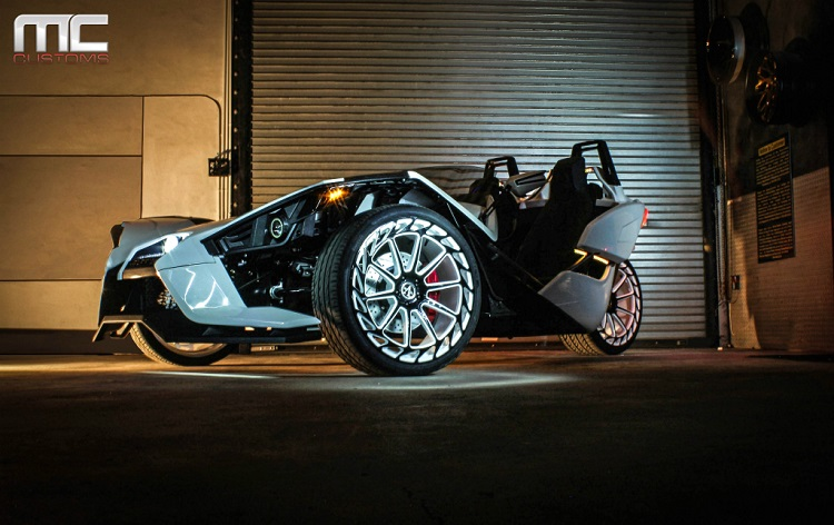 Polaris Slingshot - MC Customs
