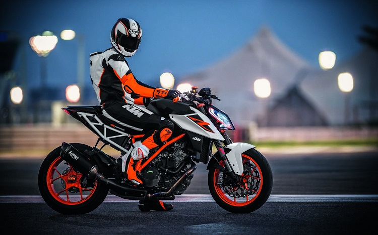 Streetfighter Motorcycles - KTM Super Duke 1290 R 2