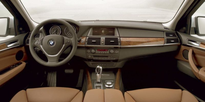2006-2013 BMW X5 E70 Interior