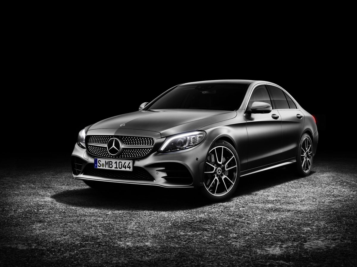Mercedes C Class Sedan for 2019 front 3/4 view