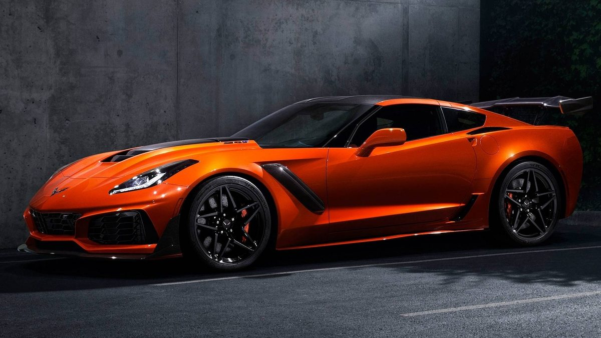 2019 Chevrolet Corvette ZR1 side view