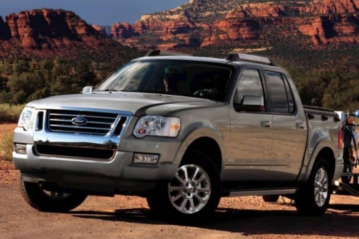 2010-Ford-Explorer-Sport-Trac