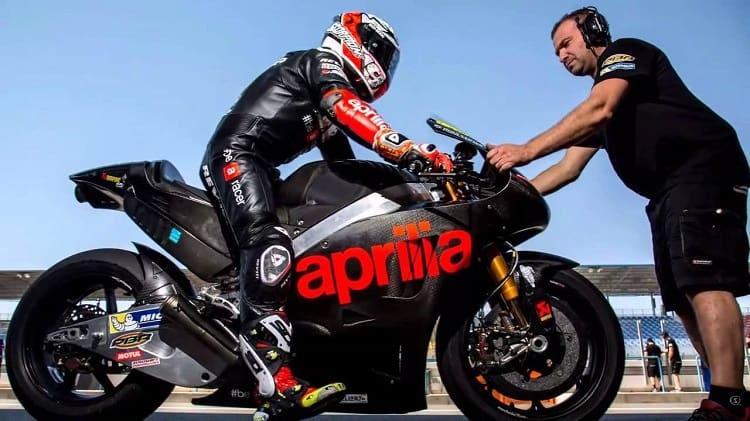 Aprilia Motorcycles - Aprilia 4