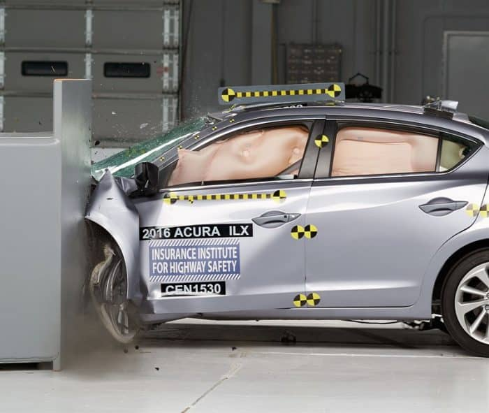 ILX Crash Test IIHS