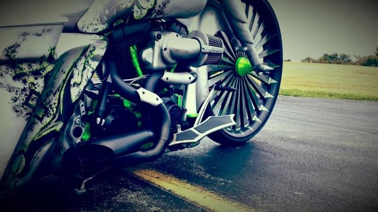 Custom Baggers - Pairadace Cycles VIRUS 2