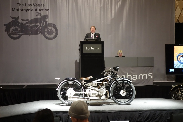 Motorcycle Auction - Bidding