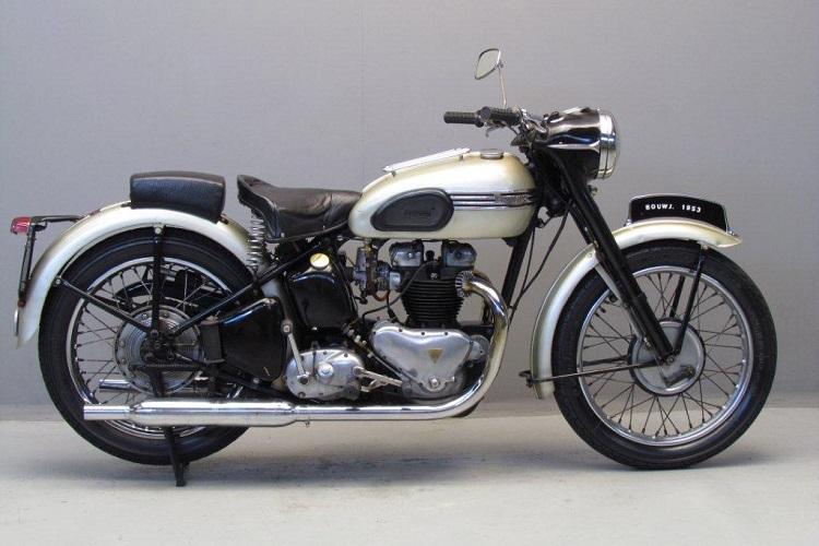 Motorcycle Names - Triumph Thunderbird